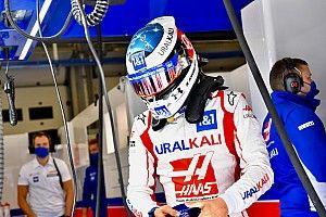 A nap egyik hőse – Schumacher Q2-be vezette a Haast!