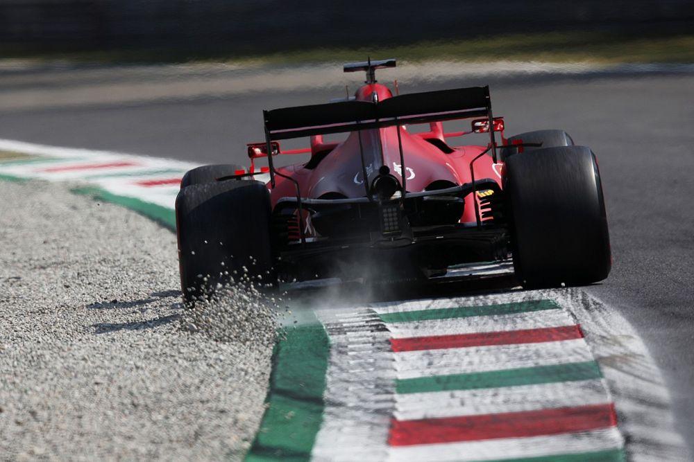 Clamoroso Ferrari: rimontato il motore 3 a Leclerc