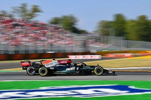 Waarom Mercedes besloot de pitstop van Hamilton te vervroegen