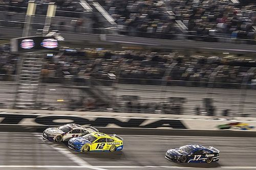 Coronavírus começa a mexer com calendários de Indy e NASCAR