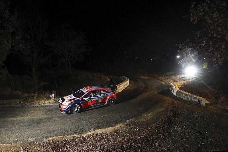 WRCモンテカルロ初日:ヌービル首位発進。トヨタのオジェが2番手で続く