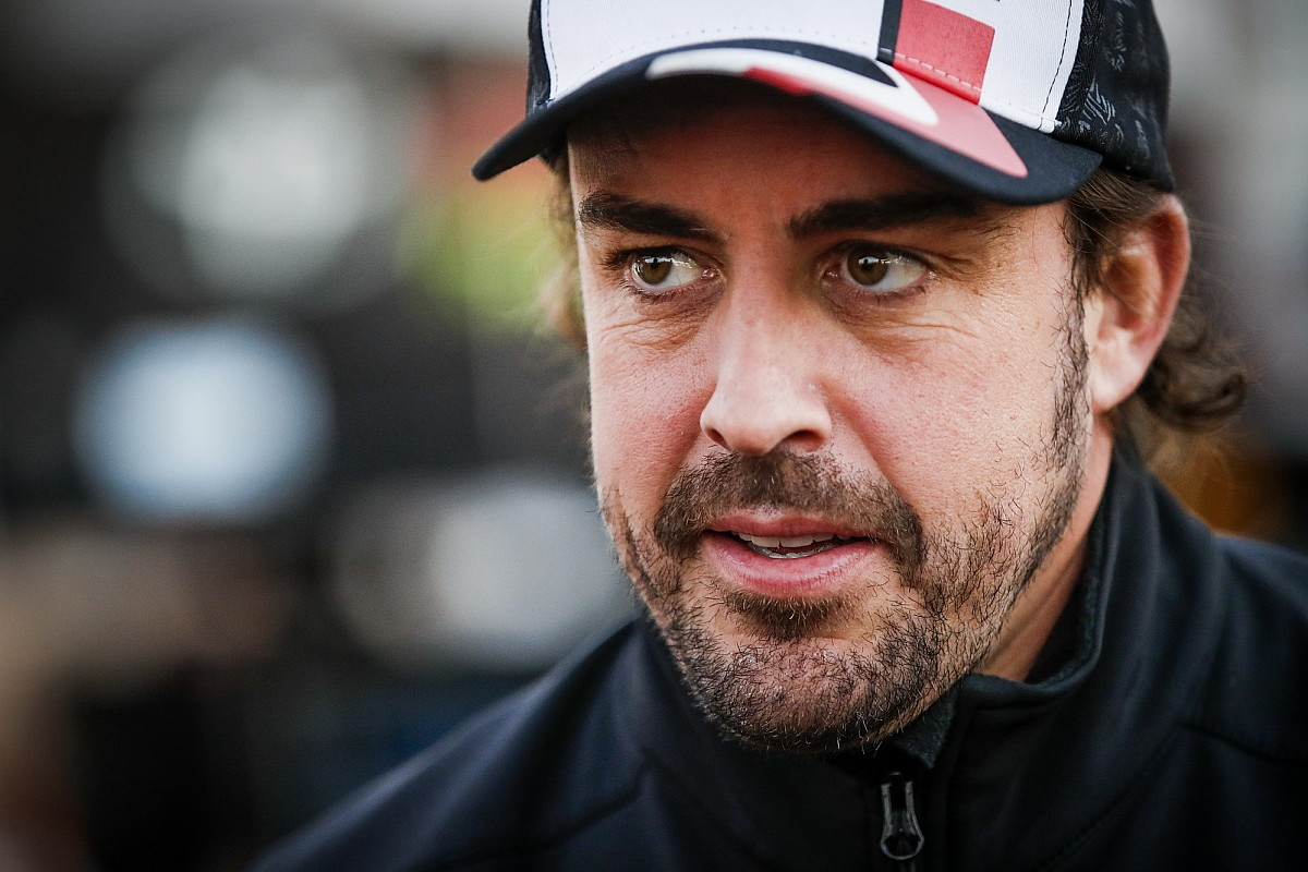 Alonso in de problemen in Virtual Le Mans