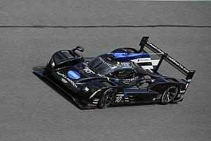 Kobayashi pone a Cadillac arriba en el cierre del Roar