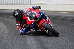 Honda présente sa nouvelle moto et officialise son 2e pilote