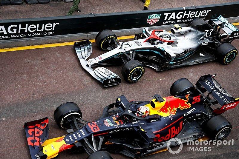 La razón real por la cual Bottas perdió en pits con Verstappen