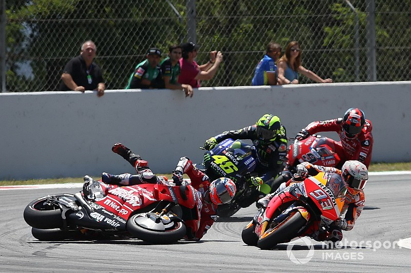 "Dovizioso: Lorenzo not thinking clearly in ""big mistake"" crash"