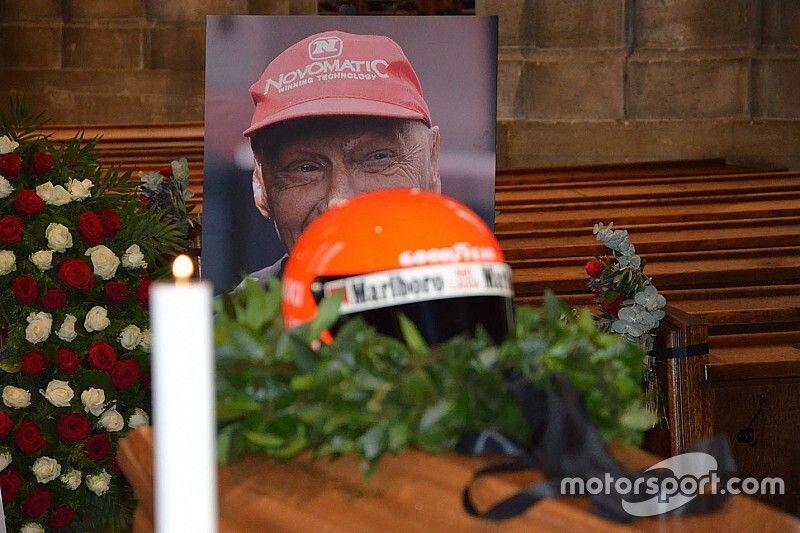 Emotivo último adiós a Niki Lauda