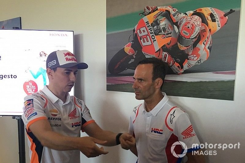 """Lorenzo: """"La Honda podría ser mucho menos física"""""""
