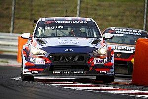 Un favoloso Tarquini guida la doppietta Hyundai in Gara 3 all'Hungaroring