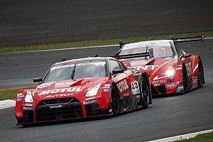 想像以上のピックアップに苦しんだ……23号車GT-Rは、PPスタートも2位フィニッシュ