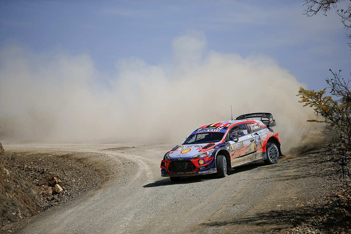 WRC, Rally Messico, PS19-20: doppietta di Neuville