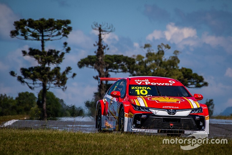 GALERIA: Novo carro da Shell para Stock Car 2020 acelera em Curitiba