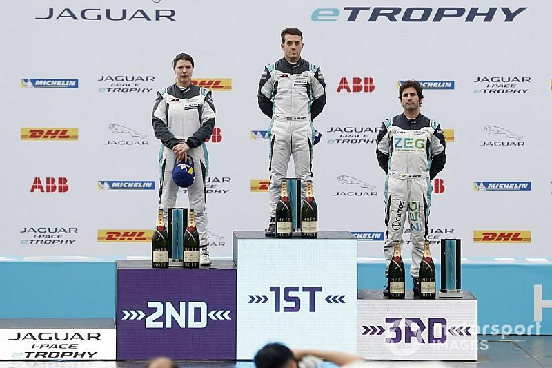 Brasileiro Sérgio Jimenez é 3º em Hong Kong no Jaguar I-Pace eTROPHY
