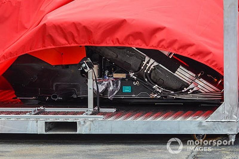 Spy Ferrari: la SF90 ha i radiatori che sono inclinati e montati a... sandwich!