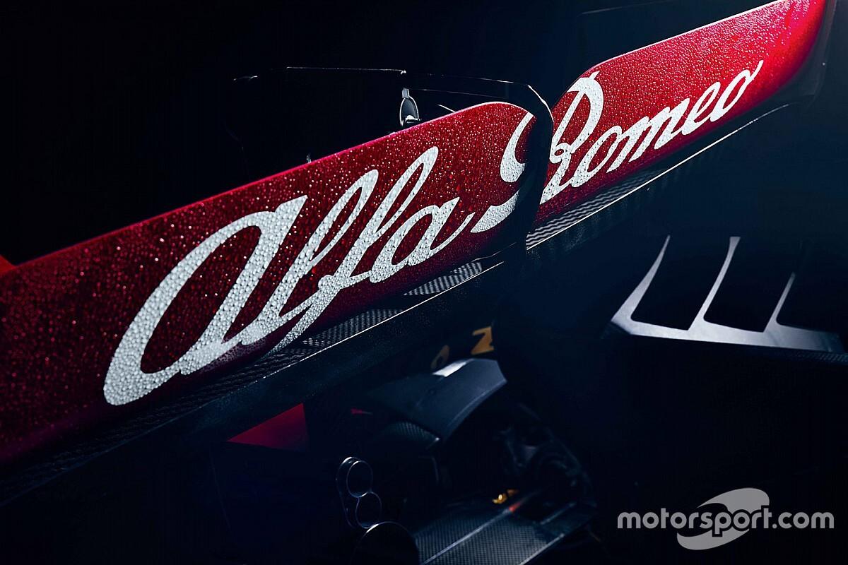 VÍDEO: Alfa Romeo lança o C41, carro para a F1 2021, em evento na Polônia