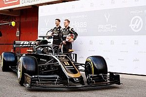 Haas VF-19 F1 car makes first public appearance