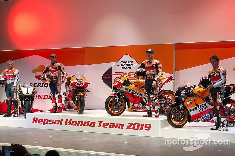 """Honda: ecco i colori Repsol delle RC213V del """"dream team"""" formato da Marquez e Lorenzo"""
