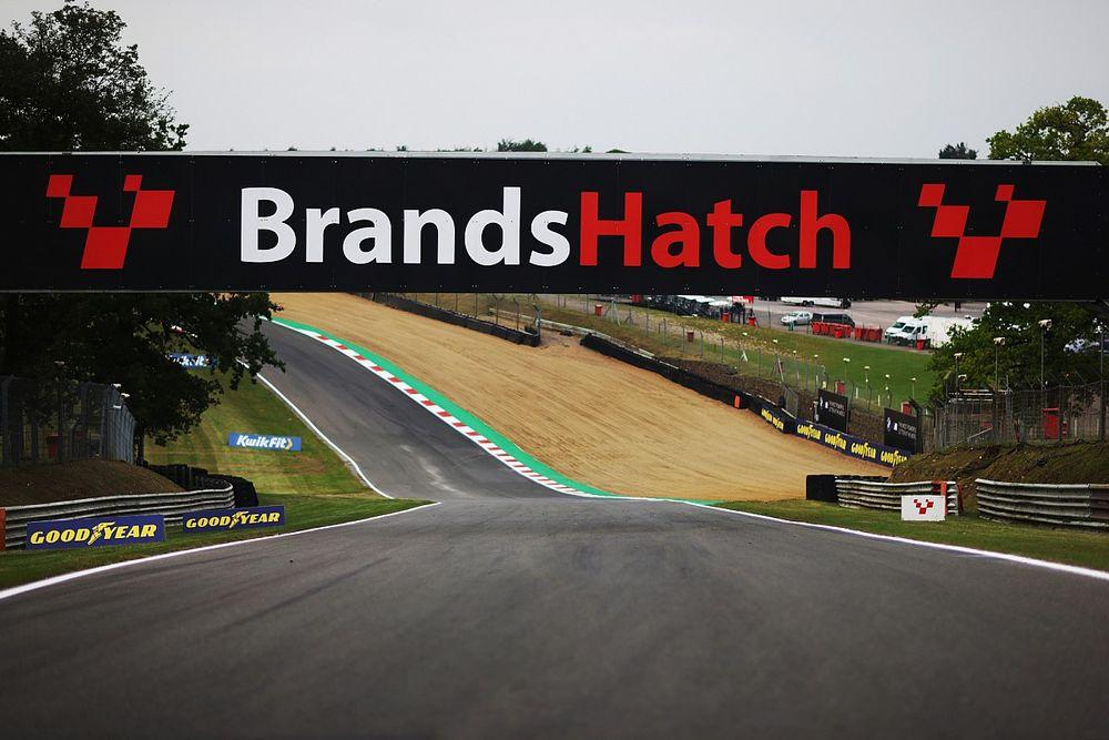 Seorang Marshal Meninggal Dunia Usai Kecelakaan di Brands Hatch