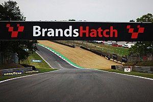 Marshal dies after crash at Brands Hatch