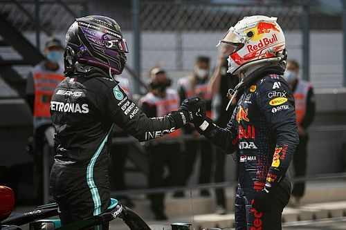 "VIDEO: Van der Garde: ""Verstappen en Hamilton zijn on fire"""