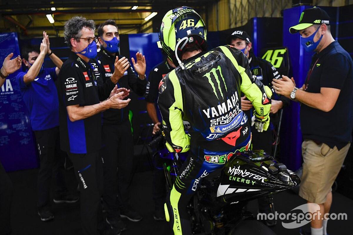"""Émotion entre Rossi et Yamaha: """"Pas des adieux, une transition"""""""