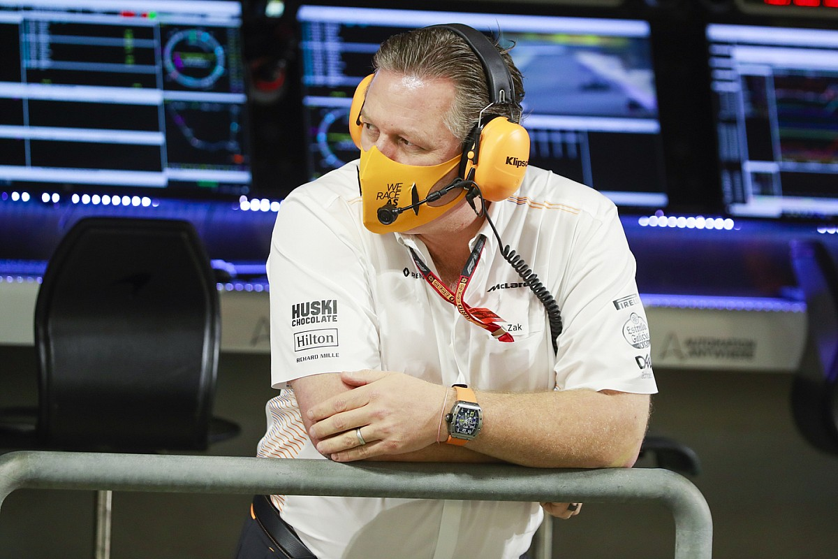 Brown szerint az Aston Martin hátrányban lesz versenyzői miatt