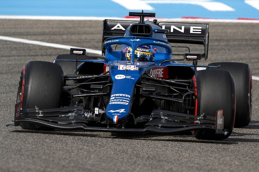 """Alpine """"scared"""" itself in Bahrain with hot-weather struggles"""