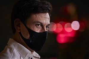 "F1 - Wolff detona Brown e Horner em entrevista: ""Só espalham m****"""