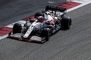 Alfa na czele, problemy Mercedesa