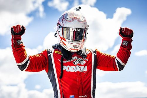 Gold Star winner eyeing Supercars future