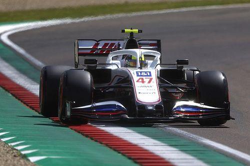 Schumacher, muhtemel bir yağmurlu yarış olasılığına olumlu bakıyor
