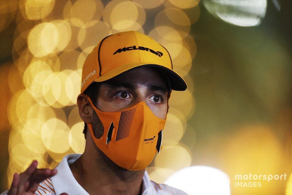 """F1: Ricciardo diz que """"não subestimou"""" tempo de adaptação na McLaren"""
