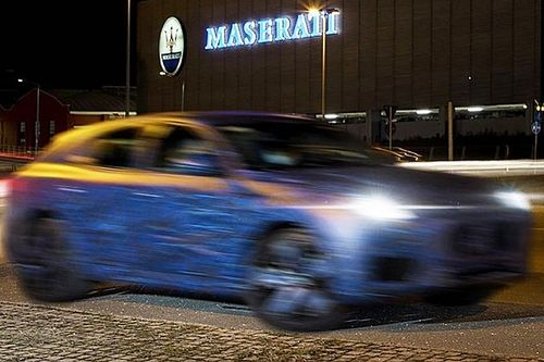 La Maserati Grecale è su strada, ecco le prime foto ufficiali