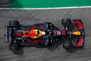 Helmut Marko attól félt, hogy Verstappen autója a Ferrari gyárában köt ki