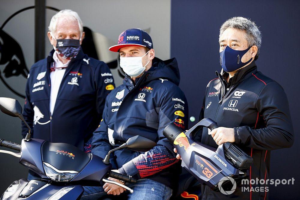 A Red Bull egyik célja Portugáliára, hogy Perez is dobogóra álljon