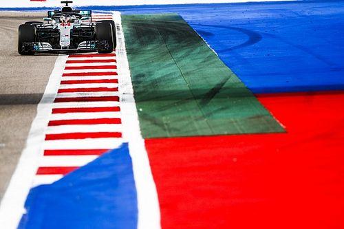 Хэмилтон придумал способ улучшить гонки в Сочи: пустить трассу в обратную сторону