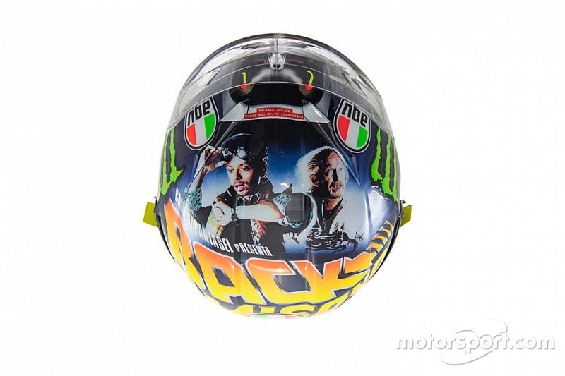 """""""Back to Misano"""": Valentino come Marty McFly sul casco celebrativo del GP di San Marino"""