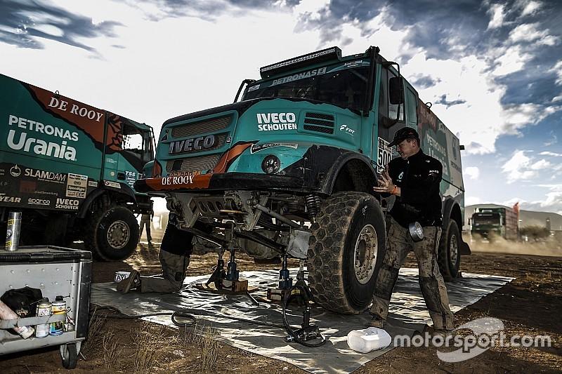 Де Рой рассказал, как его грузовик лишь чудом не застрял в большой расселине