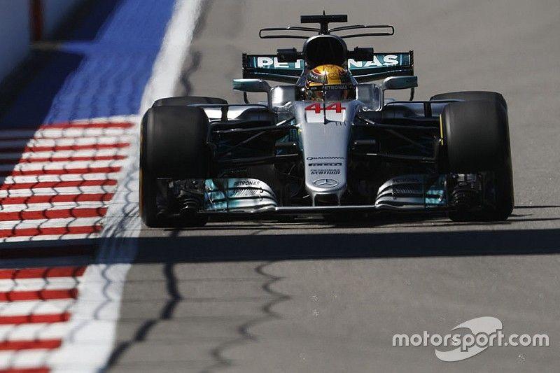 """Hamilton répond à Vettel: """"On ne cache jamais notre jeu"""""""