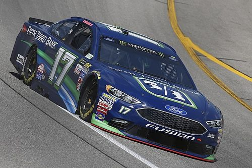 "After Richmond top-five, Stenhouse says team is ""feeling it"" right now"
