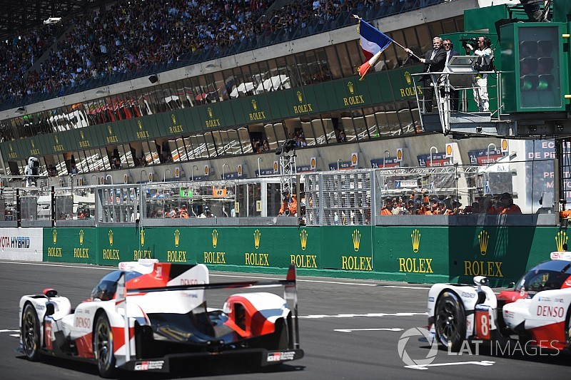 24 години Ле-Мана: дві Toyota лідирують після двох годин гонки