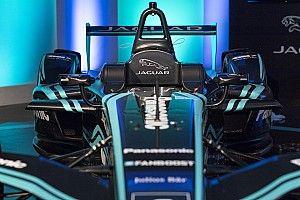 Galería: el nuevo coche y pilotos de Jaguar para la Fórmula E 2017/2018