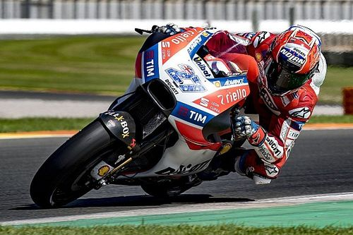 Stoner returns to MotoGP test action at Valencia