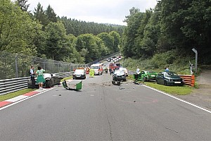 General 速報ニュース ニュルブルクリンク北コース一般開放で多重事故。10人が負傷