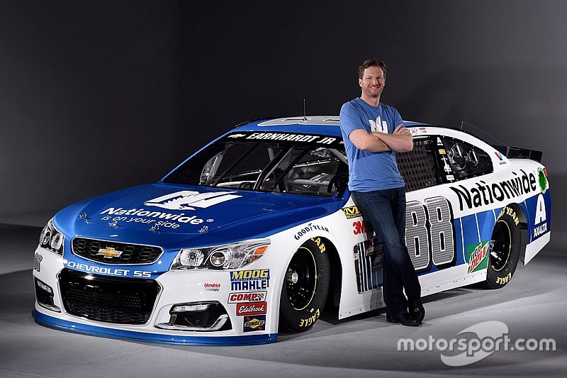 Dale Jr. afirma que no hay riesgos por su regreso a NASCAR