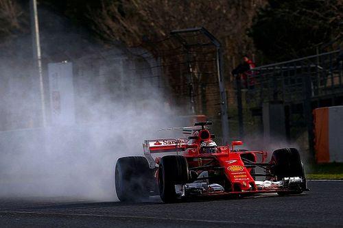 Raikkonen lidera manhã com pista molhada na Espanha
