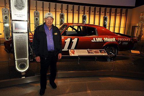 NASCAR Hall of Famer Jack Ingram dies at age 84