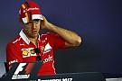 Vettel minta maaf kepada Hamilton melalui SMS