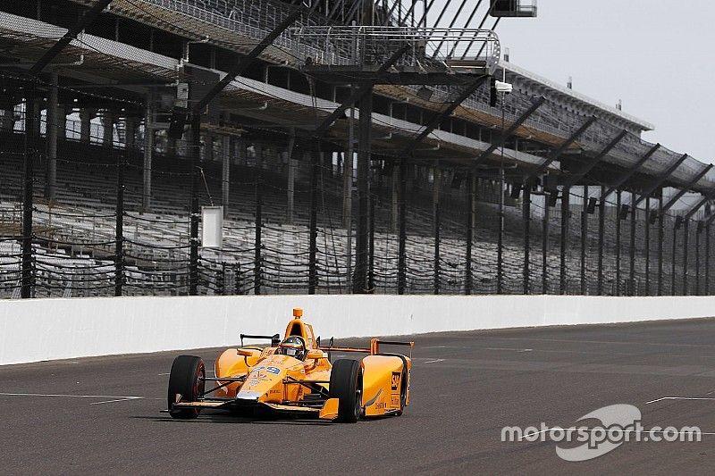 Alonso rijdt eerste meters ter voorbereiding op Indy 500