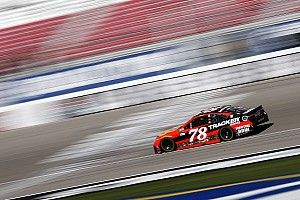 Truex wins Stage 1 at Las Vegas, Harvick crashes